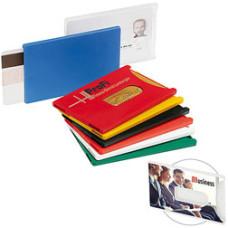 Kreditkort holder mange farver